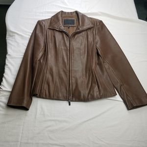 Womens Avanti Soft Leather Zipper Jacket